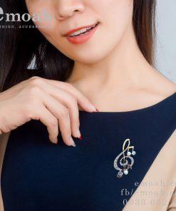 Cài áo nữ hàn quốc hình nốt nhạc ELCA18